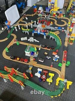 150+ GeoTrax Fisher Price Train Set Track Lot Briidges Buildings Control DVDs