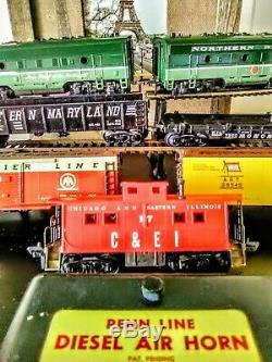 1955 German Penn Line HO NP Freight Train Set Complete with Track & Air Horn #5505