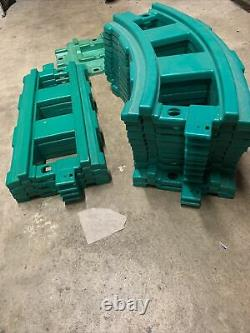 1980s Little Tikes Ride on Train Cars, Complete Set Of Track. Works Great