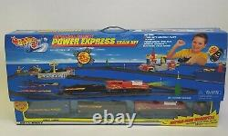 2000 Hot Wheels 88175 Infra-Red Remote Power Express Train Set Over 21 Ft Track