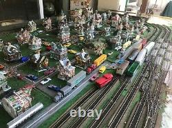 6x8 bench Ho gauge train set(includes tracks, houses, etc. /Train not included)
