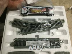 Bradford Exchange White Sox Train set (13 cars and lots of track!)