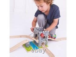 CASTLE DRAW BRIDGE for Wooden Train Track Set (Brio Thomas) NEW BOXED