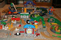 HUGE Lot #3 Fisher Price Geotrax Train Set Trains Track Buildings Grand Central