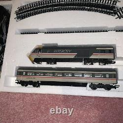 Hornby 00 Guage High Speed Train Set, Locomotives, Extra Track And Carriages