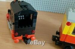 LEGO 12V 7722 Steam Cargo Train 12 Volt Railway Gray Track Eisenbahn, year 1985