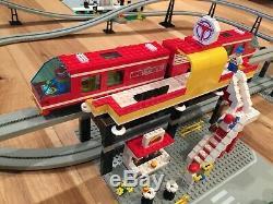 LEGO 6399 Airport Shuttle Monorail plus Lego 6347 Accessory Track