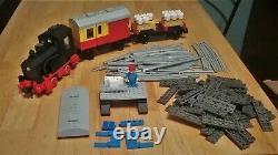 LEGO TRAIN SET 7722 electric locomotive cargo freight cars track rail minifigure