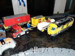 Lego City Train Set 3677 Remote Control Engine, Carriages, & Track