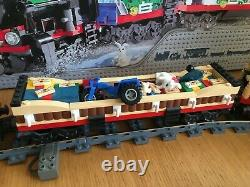 Lego Creator 10173 Winter Holiday Train with 9v Electric System and Track
