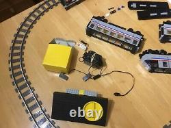 Lego train 9v 4558 metroliner used train set. With extra track and power supply