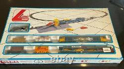 Lima British Rail Class 50 Motorail Train Set with 50042 Triumph Track & Control