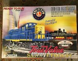Lionel Santa Fe Freight O scale Model Train Set original box, transformer, track