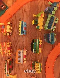 PBS Dinosaur Train Set Motorized Train Tracks Figures