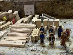 Thomas the Train Engine and Friends Wooden Trains, Track, and Set 171 Pieces