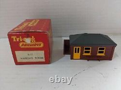 Tri-Ang Train Pieces Joblot Assorted 1961- 00 Gauge R3M Model Train Set