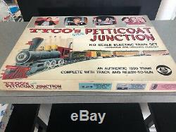 Tyco Mantua Petticoat Junction Train Set With Track 1960's Excellent