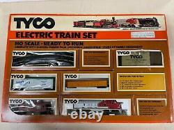 Vintage Lot Of TYCO HO Scale Electric Train Sets And Track