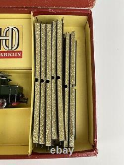 Vintage Marklin HO 3001 German scale Electric TRAIN SET in orig box 3 Cars Track