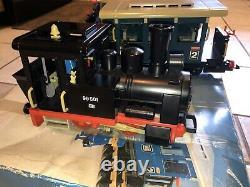 Vintage Playmobil Train Set 4000 (Lot of 1 Engine & 3 Cars) No Track/Transformer