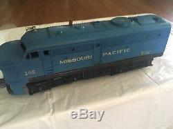 1950 Lionel Train Set & Track