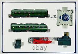 Bachmann 00 Gauge 30-160'rural Commuter' Train Set Classe 105 Dmu & Piste