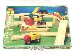 Brio Bois Ensemble De Train 33143 Vintage Complete Cars Engine Tracks Camions Grue