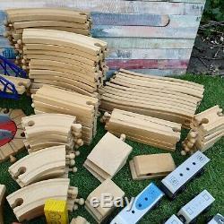 Enorme Train En Bois Piste Set Bundle Inc Brio, Trains, Gens, Ponts 178 Pieces