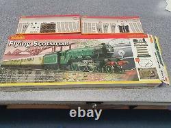 Le Train Hornby Voler Scotsman Ensemble + Track Pack C & D
