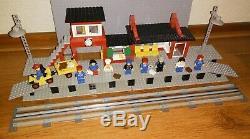Lego 4.5v 7824 Gare (railway Station) 4.5 Volt Rail Track Gray, 1983