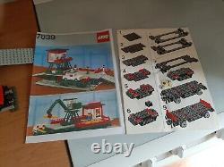Lego 4.5v 7839 Car Transport Depot 4.5 Volt Rail Track Gray, Année 1986