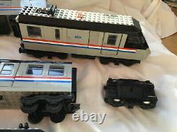Lego 4558 Metroliner 9v Train Réglé Avec Train Supplémentaire Et Autocars + Contrôleur