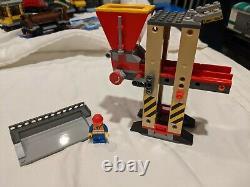 Lego City 3677 Red Cargo Train -100% Complet Avec Fonctions De Puissance, Voie, Manuels