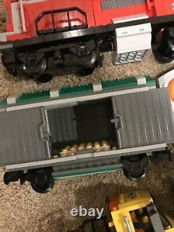 Lego City 3677 Red Cargo Train Complet Contrôleur Moteur No Box Extra Track