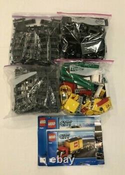 Lego City Cargo Train Set # 7939 Confirmé Complet Avec Piste Supplémentaire Set #7499