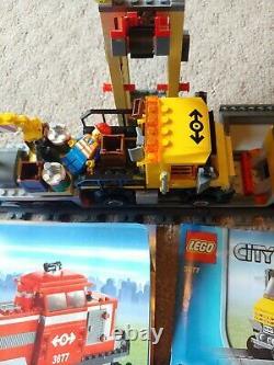 Lego Red Cargo Train (100% Complètent Toutes Les Voies Incluses)