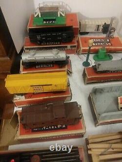 Lionel Train Set 671& 2671w Plus 7 Voitures Trail 25 Straight 15 Curve1950's