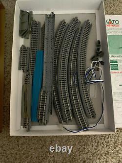 Lot De N Scale Train Kato Pistes Unitrack V2 + Power Pack + Matériel Roulant + Plus