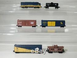 Nouveau Micro Trains Z Echelle Chesapeake & Ohio Set No Track # 994 03 961 # Totes1