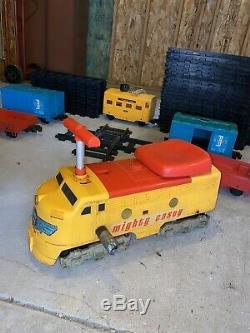 Remco Puissant Casey Ride-on Train Électrique Avec Des Pistes Et Des Pièces Jointes