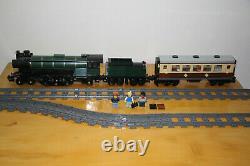 Tout Nouveau Emerald Night Steam Train 10194 S'adapte À Toutes Les Voies Ferrées Lego Avec Voiture