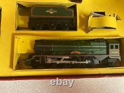 Tri-ang R3b Princess Elizabeth Train Set Avec Des Charges De Piste Incluses Oo Gauge