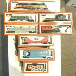 Tyco Ho Train Lot Moteur 7 Wagons De Marchandises Transformateur Tracks Accessoires 1974