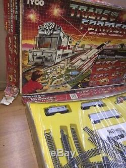Tyco Transformers Électrique Train & Set Bataille Sous Piste Mib Vintage