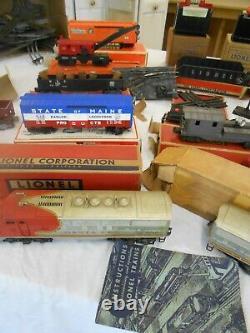 Very Large Beautiful Vintage Lionel Train Set Avec Beaucoup De Piste Et De Boîtes