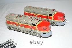 Vtg 1950 Marx Diesel Type Electric Train Set Avec Boîte, Voie, Wagons De Marchandises